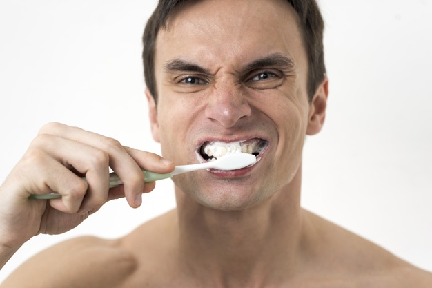 bleeding gums after your 6 month cleaning